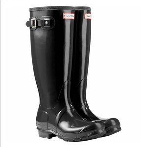 Hunter Original Tall buckle strap rain boots SH2